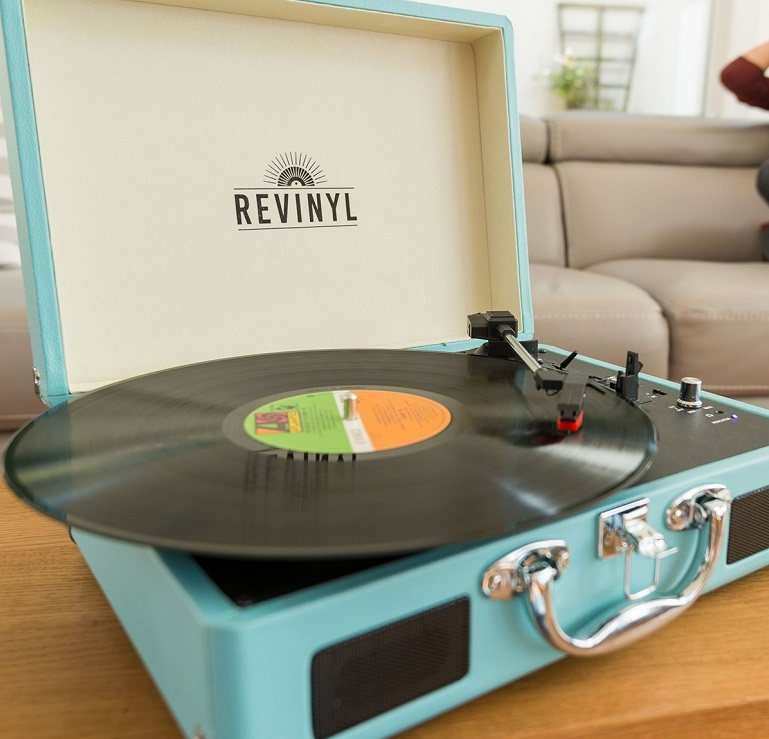 How do vinyl records work?